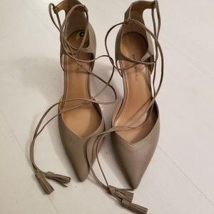 Banana Republic Taupe/Tan Heels